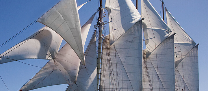 Schiffe zum Mitfahren entdecken